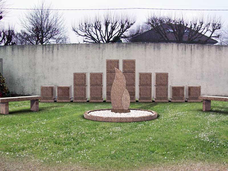 Les sites cin raires complets columbarium cavurnes for Entretien jardin du souvenir